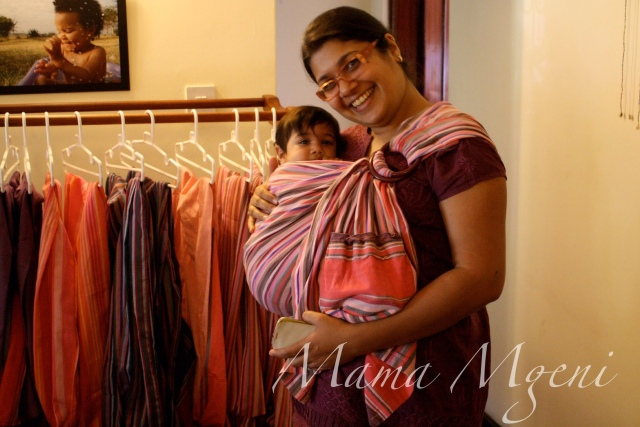 Watermarked Photo babywearing 03